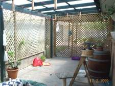 Cat Enclosures and Cat Fences (With Photos) 11