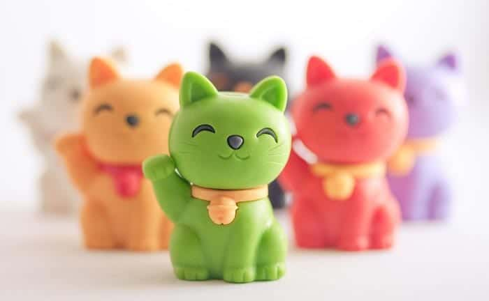 Lucky cat colours